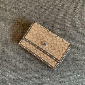 Coach signature card wallet